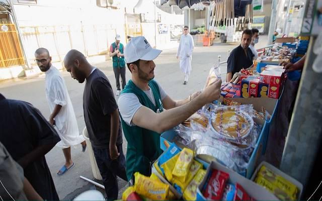 أسفرت الجولات الرقابية عن صبط أكثر من 57 ألف سلعة غذائية واستهلاكية مخالفة