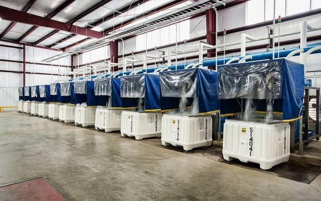 مصنع ثلج - أرشيفية
