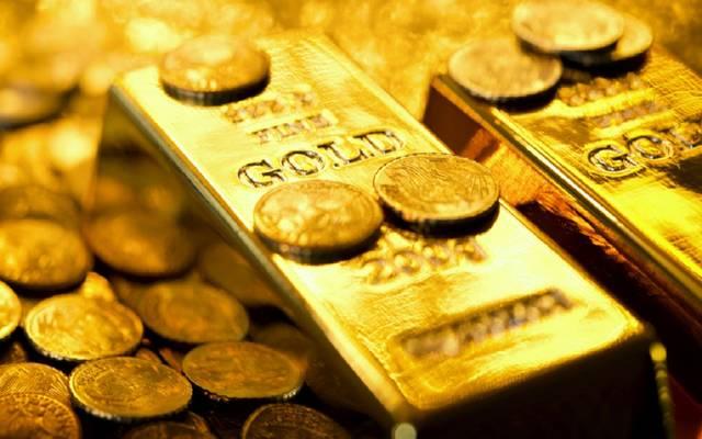 الذهب يرتفع عند التسوية ويحقق مكاسب أسبوعية طفيفة