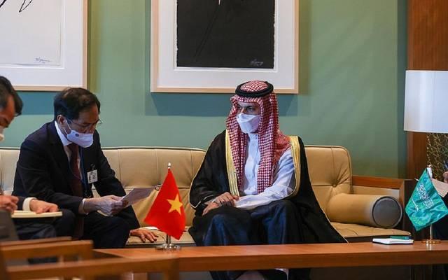 الأمير فيصل بن فرحان بن عبدالله وبوي ثانه سون