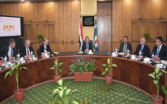 مصر تبحث مع سنام الإيطالية فرص التعاون المشترك