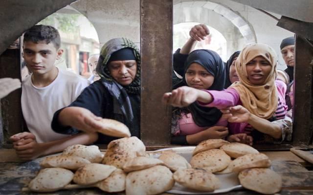 التموين المصرية توجه بالسماح لعمال المخابز بالتحرك قبل الساعة الـ7 صباحاً