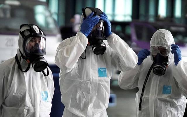 هل البضائع المشحونة من الصين تنقل عدوى فيروس كورونا؟ (فيديو)