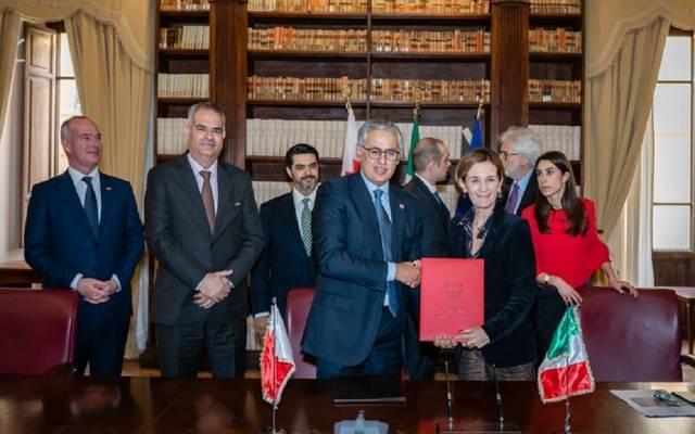 جانب من توقيع اتفاقية التعاون في إيطاليا