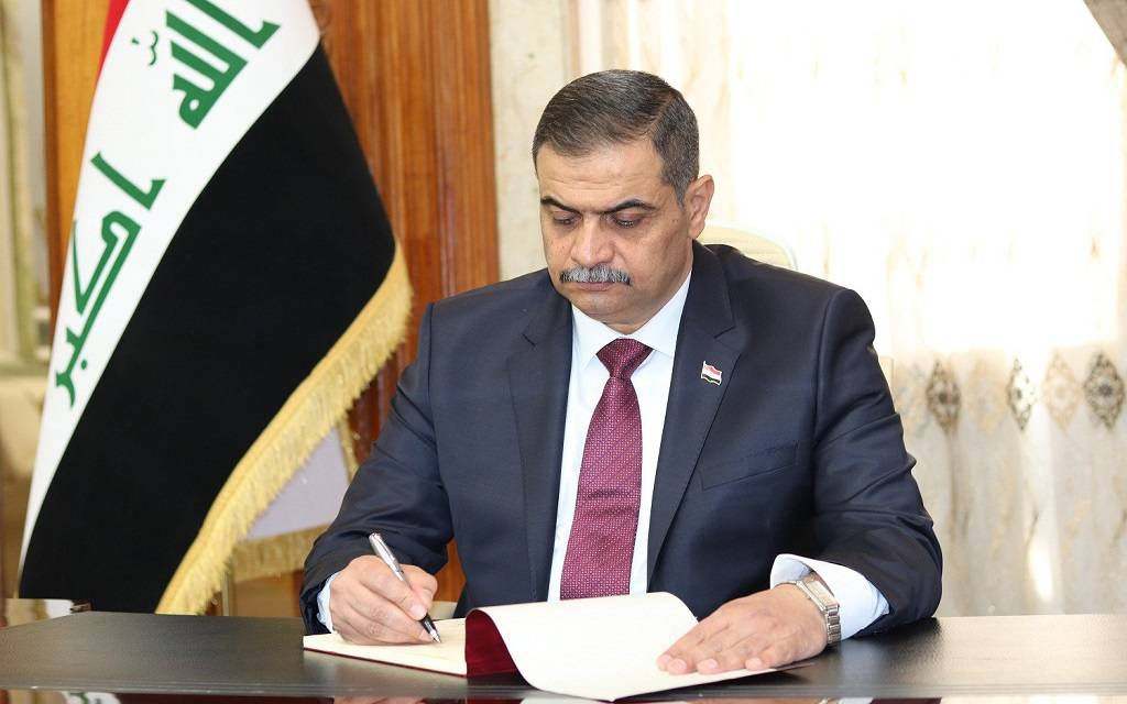 Iraqi Defense Minister confirms the army's readiness to hand over safe areas to the interior 1024