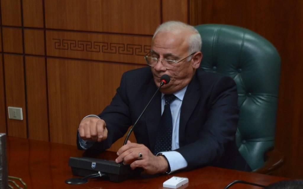 محافظ بورسعيد: تحويل 11 محطة وقود للعمل بالغاز الطبيعي