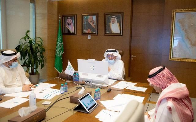 وزير التعليم السعودي حمد آل الشيخ خلال الاجتماع الخامس لمجلس إدارة المركز الوطني للتعليم الإلكتروني