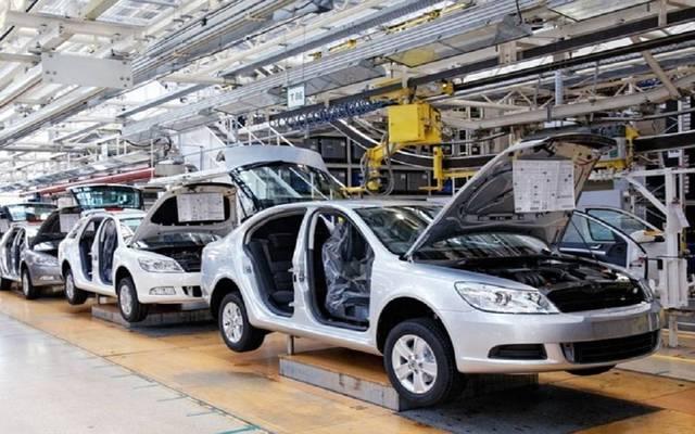 من داخل مصنع متخصص في صناعة السيارات