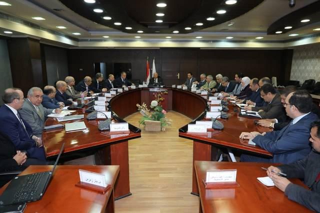 وزير النقل المصري كامل الوزير يتابع أعمال إنشاء المحطة متعددة الأغراض بميناء الإسكندرية