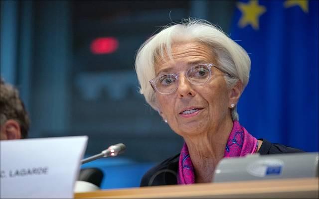 """""""لاجارد"""" تحذر من عدم اليقين المتزايد وتتعهد بدعم النمو الاقتصادي"""
