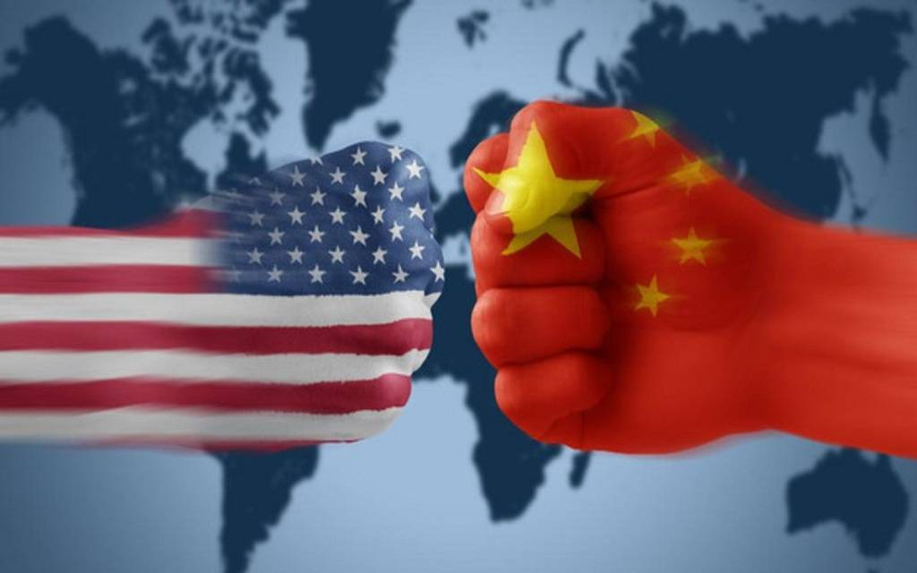 القلق التجاري وتصريحات الفيدرالي يتصدران مشهد الأسواق العالمية اليوم