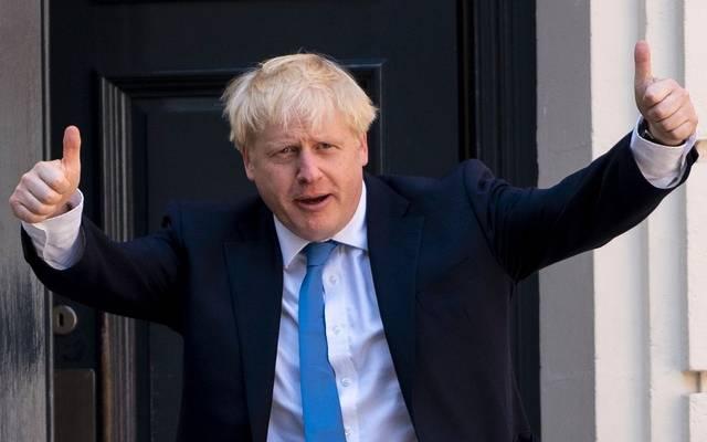 بعد الفوز بأغلبية..جونسون يطلب من ملكة بريطانيا تشكيل حكومة جديدة