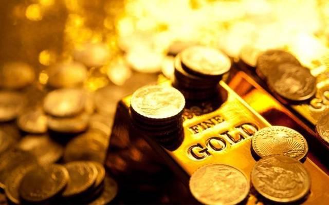 محدث.. أسعار الذهب تصعد عند التسوية مع هبوط الأسهم