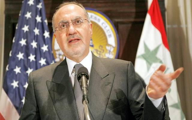 العراق يعلن برنامج إصلاح اقتصادي يتضمن تعظيم إيرادات الضرائب والجمارك