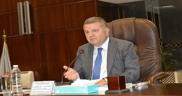 وزير قطاع الأعمال المصري هشام توفيق