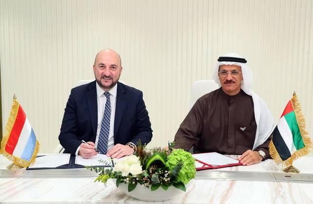 جانب من اجتماع وزير الاقتصاد الإماراتي ونظيره من لوكسمبورج