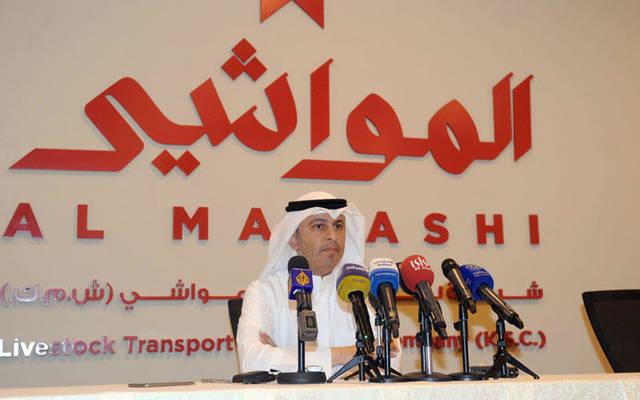 """الرئيسي التنفيذي لـ""""المواشي""""، أسامة بودي، متحدثاً خلال المؤتمر الصحفي الذي عقدته الشركة أمس"""