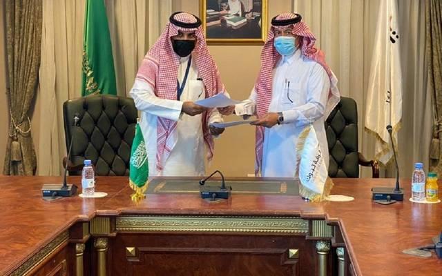 غرفة تبوك وبنك الرياض يوقعان مذكرة تفاهم لدعم المنشآت الصغيرة والمتوسطة