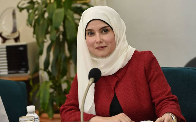 جنان بوشهر، وزيرة الأشغال ووزيرة الدولة للإسكان في الكويت