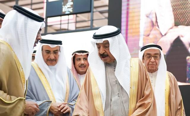رئيس وزارء البحرين خلال افتتاح معرض الخليج للعقار 2019