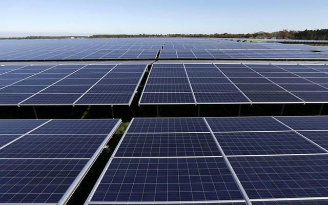 تونس تطرح مشروعات للطاقة المتجددة بمليار دولار في نهاية أبريل