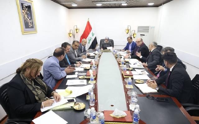 لجنة الخدمات والإعمار في البرلمان العراقي تناقش تنفيذ قطار بغداد المعلق