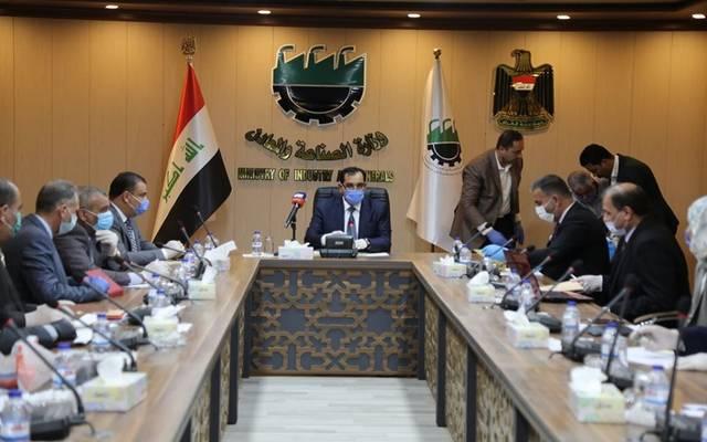 وزير الصناعة والمعادن العراقي، صالح عبدالله الجبوري، يترأس اجتماعاً لخلية الأزمة العلمية