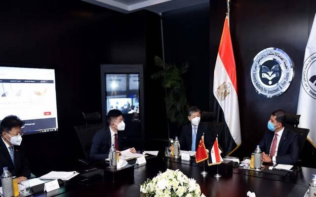 هيئة الاستثمار المصرية تبحث تيسير إجراءات جذب الاستثمارات الصينية الجديدة