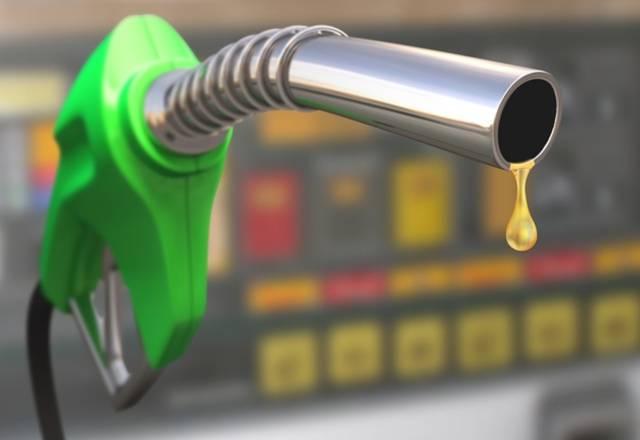 أحد محطات توزيع الوقود بالخليج