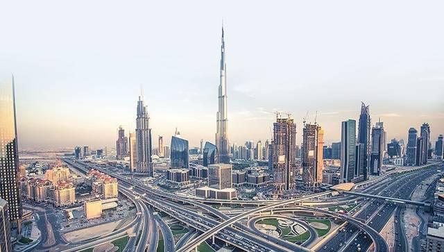الإمارات الأولى إقليمياً في تمويل الأعمال والمشاريع