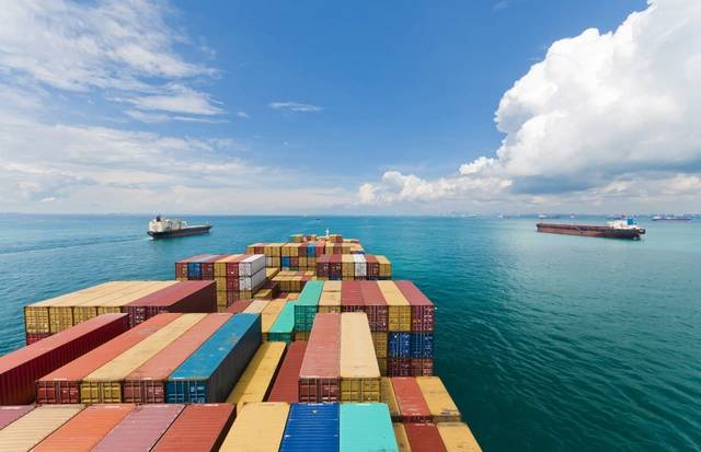 The UAE's non-oil foreign trade included AED 170 billion non-oil exports