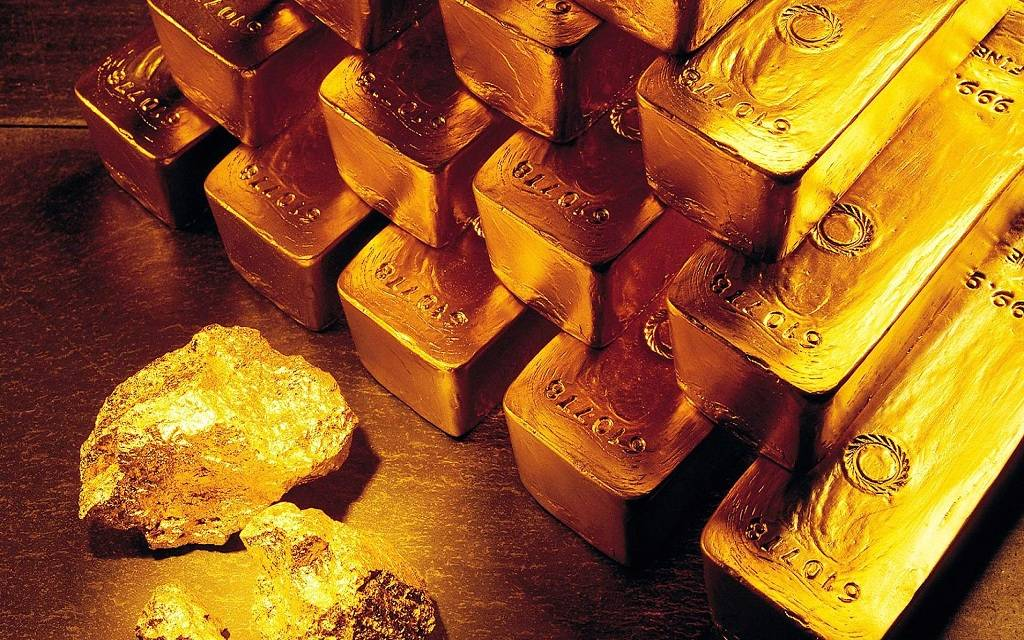 محدث.. الذهب يرتفع 23 دولاراً ليحقق مكاسب شهرية