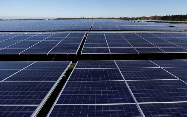 إيني تعقد اتفاقاً مع مصر لتنفيذ مشروعات للطاقة المتجددة