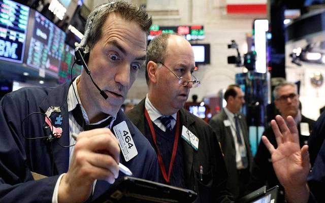كيف تتأثر أسواق الأسهم بسعر الفائدة؟