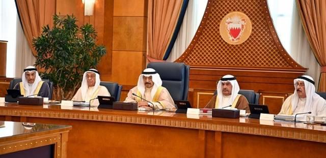 الأمير خليفة بن سلمان آل خليفة رئيس مجلس الوزارء البحريني خلال اجتماع مجلس وزراء البحرين