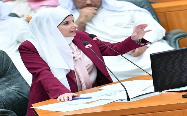 وزيرة الأشغال العامة ووزيرة الدولة لشؤون الإسكان الكويتية جنان بوشهري