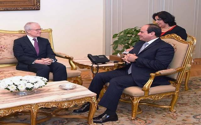 """الرئيس السيسي يبحث عددا من القضايا ذات الاهتمام المشترك مع رئيس """"الاستخبارات الفرنسي"""""""