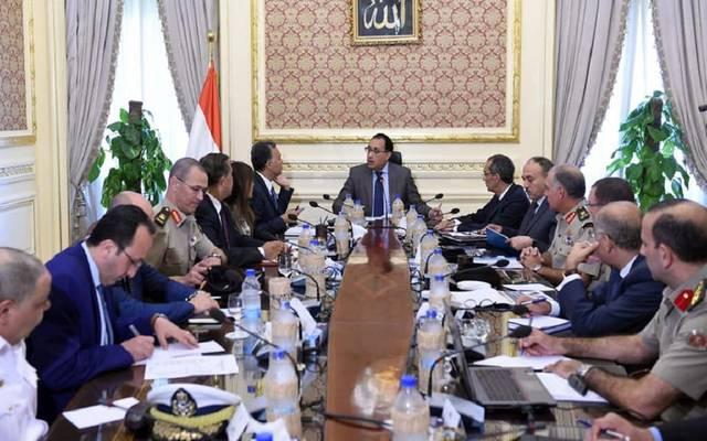 مصر تحدد ساعات سير النقل الثقيل على الطريق الدائري