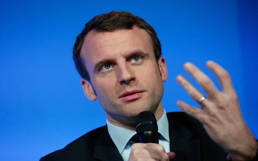 إضرابات جماعية تضرب فرنسا بسبب خطة إصلاح نظام التقاعد