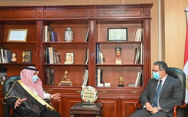 خلال لقاء وزير السياحة المصري مع وزير التجارة والاستثمار بالسعودية