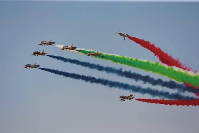 جانب من فعاليات اليوم الأول من معرض دبي للطيران