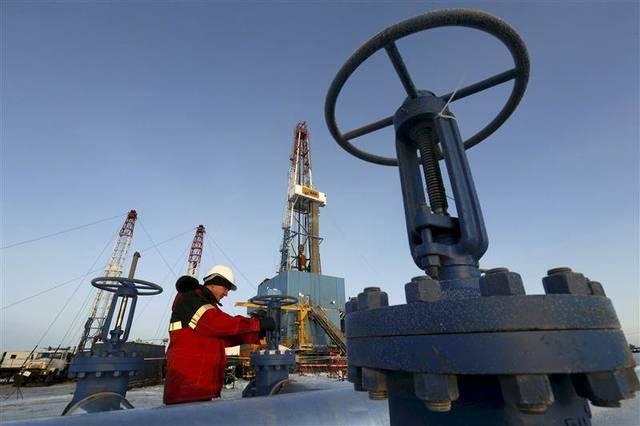 أسعار النفط ترتفع بالتزامن مع أنباء إيجابية