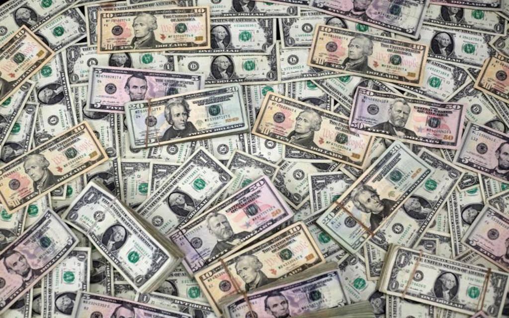 محدث.. الدولار يستقر عند أعلى مستوى في عامين عالمياً