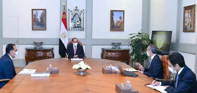 جانب من اجتماع السيسي مع رئيس الحكومة ووزير الاتصالات
