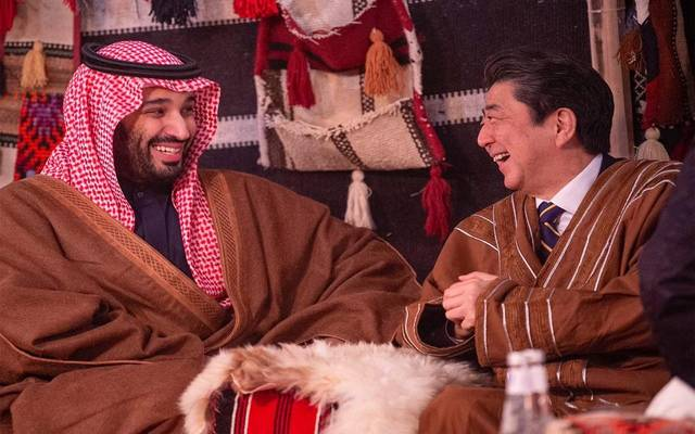 ولي العهد السعودي يبحث التعاون التجاري مع رئيس وزراء اليابان