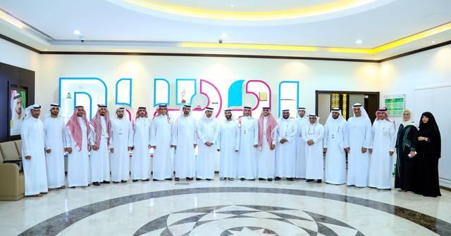 جانب من اللقاء بين دائرة أراضي دبي ووزارة الإسكان السعودية