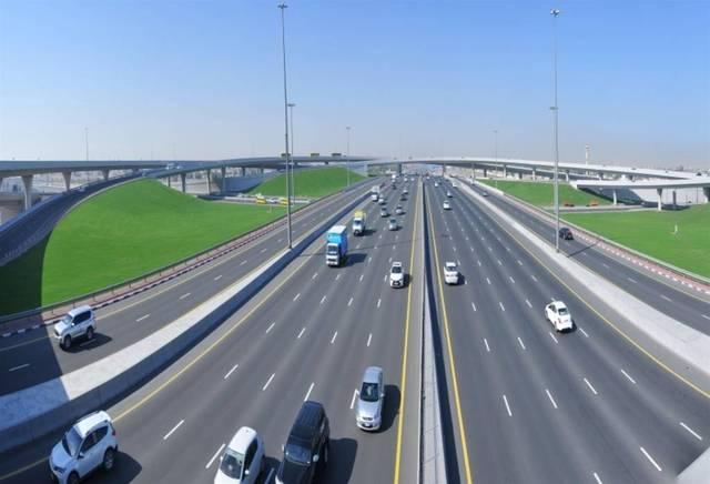 أحد الطرق الرئيسية بإمارة دبي، الصورة أرشيفية