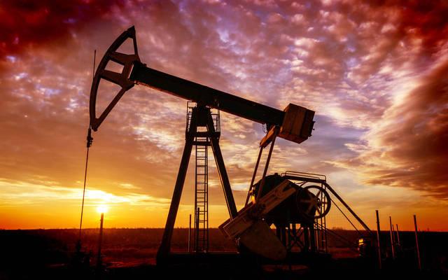 رافعة في أحد الحقول النفطية