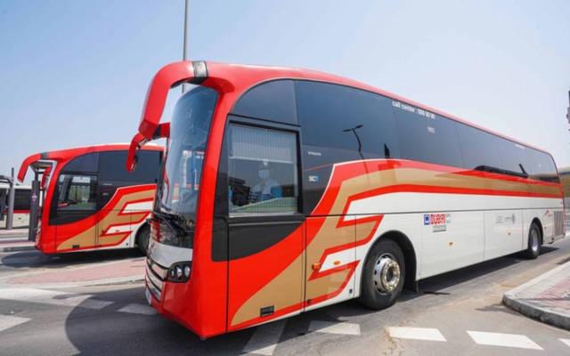 حافلات خاصة بنقل زوار معرض إكسبو 2020 دبي