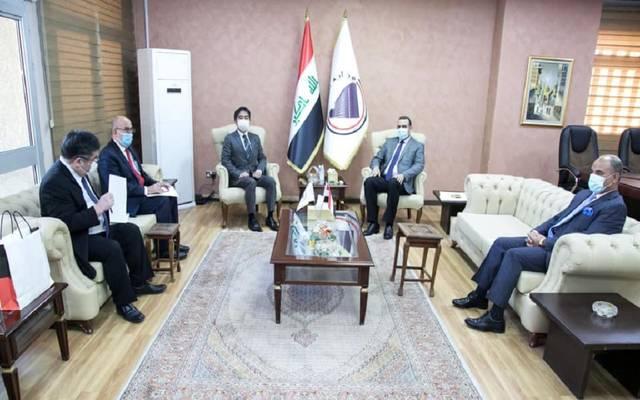وزير التخطيط العراقي لدى استقباله السفير الياباني في بغداد